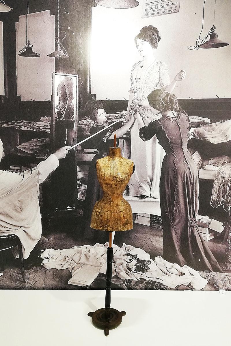 Reconstruction of the dressmaker's shop