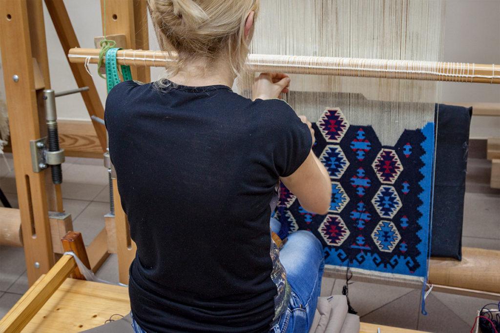 Skillful woman weavers