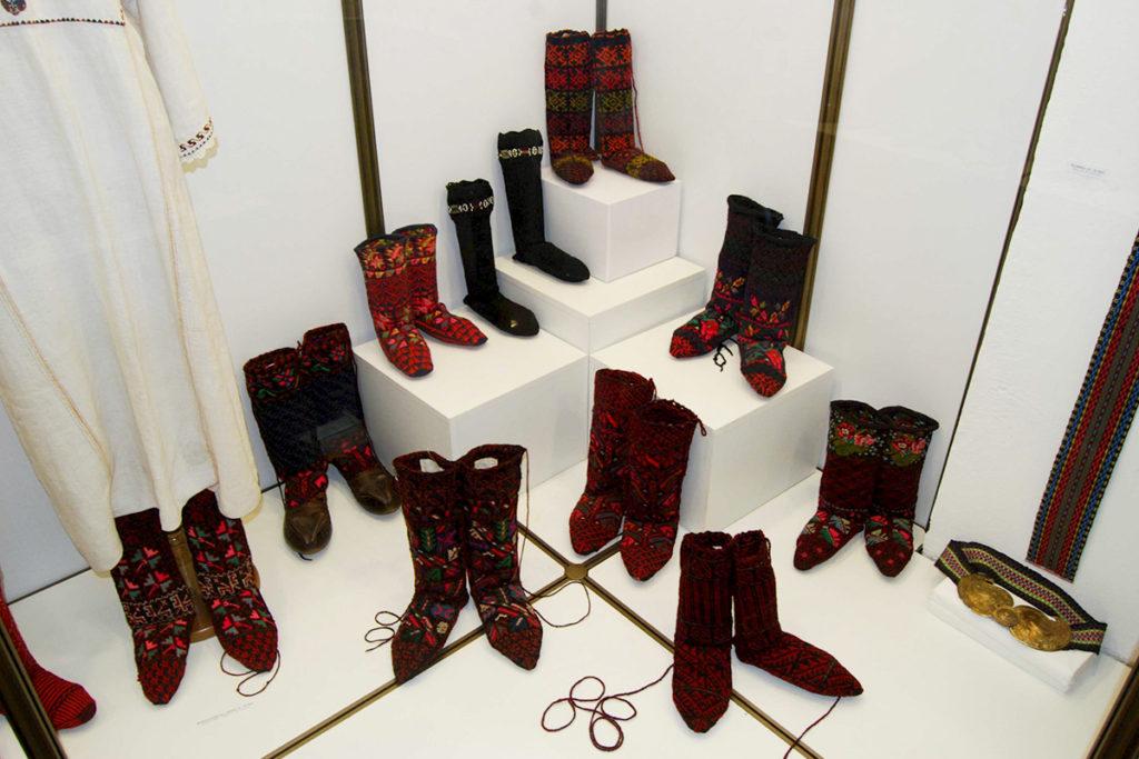 Dvopređne čarape postavka