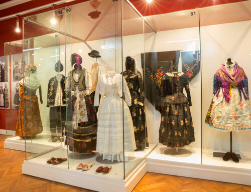 Arheološka i etnološka zbirka, ali najpre paradni šlemovi